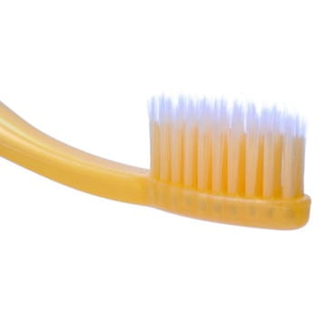 DENTAL CARE «Nano Gold Toothbrush Set» Набор: зубная щётка c наночастицами золота и сверхтонкой двойной щетиной (мягкой и супермягкой), 3 шт. + скребок для языка. (фото, вид 1)