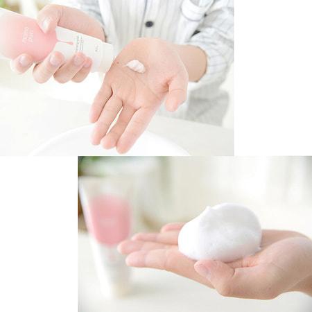 """BCL """"Momo Puri"""" Пенка для умывания с пробиотиками, витаминами А, C, E и керамидами, """"увлажнение и упругость"""", 150 мл. (фото, вид 3)"""