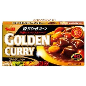 S&amp;B FOODS Golden Curry Концентрат соуса карри, оригинальный, коробка 198 гр.Соусы<br>Изысканное гармоничное сочетание 35 видов специй в концентрате карри не оставит равнодушным ни одного гурмана.  Соус обладает великолепным глубоким ароматом и сладким вкусом.  Содержит растительные масла и жиры, продукты животного происхождения не используются. 1 коробка на 11 порций (1/2 коробки на 5-6 порций).<br> Способ применения: на 11 порций вам потребуется: 400 г мяса, три средних луковицы (600 г), 1 средняя морковь (200 г), 300 г картофеля, 2 ст.л. растительного масла, 1400 мл воды, 1 коробка концентрата соуса карри (на 5-6 порций &amp;frac12; коробки концентрата и половина всех ингредиентов).  При готовности всех ингредиентов выключите печь и растворите в готовом блюде концентрат соуса. Время от времени помешивайте блюдо. Блюдо считается готовым, когда соус загустеет.  Состав: пшеничная мука, пищевые масла и жиры (пальмовое масло, рапсовое масло), соль, сахар, порошок карри, крахмал, дрожжевой экстракт, специи, гидролизованный белок (желатин), сухой соус, жареные пряности (специи, кукурузное масло), растительное масло, приправы (аминокислоты), карамельный краситель, подкислитель. Может содержать следы соевых бобов и яблок. Пищевая ценность в 1 порции готового продукта (18 г): энергия: 87 ккал; белки: 1,1 г; жиры: 5,1 г; углеводы: 9,2 г; хлорид натрия: 2,2 г; натрий: 882 мг.<br>