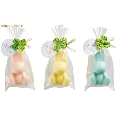 MASTER SOAP Косметическое туалетное мыло Кролик, 35 гр.Купание малыша<br>Мыло прекрасно очищает, за счет входящего в состав пальмового масла предотвращает сухость и шелушение, великолепно смягчает кожу, делая ее гладкой и здоровой.  Обладает легким ароматом персика.   Состав: мыльная основа, вода, пальмовая жирная кислота, пальмоядровая жирная кислота, глицерин, хлорид натрия, этидронат 4Na , EDTA-4Na, экстракт листьев персика, мёд, BG, парфюмерная отдушка, оксид титана, краситель красный 227, краситель красный 504, оксид железа<br>