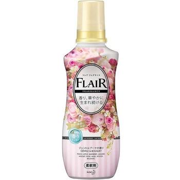 """KAO """"Flair Fragrance"""" Кондиционер для белья с антибактериальным эффектом, аромат нежного букета, бутылка, 570 мл."""