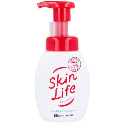 Gyunyu Sekken (COW) Пенящееся средство для умывания с антибактериальным эффектом, 200 мл.