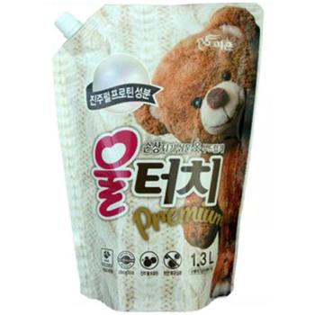"""Pigeon """"Wool Touch Premium"""" Жидкое средство для стирки шерстяных и деликатных тканей, сменный блок, 1300 мл. (фото)"""