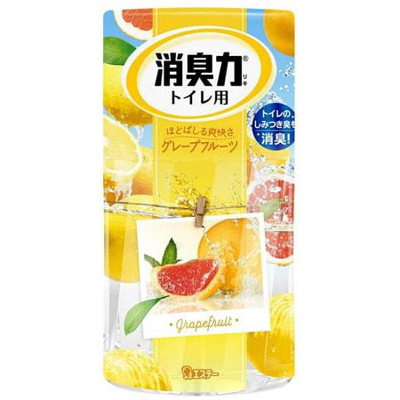 ST Shoushuuriki Жидкий дезодорант – ароматизатор для туалета с ароматом грейпфрута, 400 мл.Для туалета<br>Серия Shoushuuriki - дезодорирующая сила для туалетов с усиленым дезодорирующим эффектом, предлагает Вам широкую палитру ароматов. Особенности продукта: - 130% Дезодорирующий эффект (по данным ST). - Содержит природные компоненты (катехин зелёного чая и экстракты трав). - Флаконы с функцией регулирования интенсивности  аромата. - Продолжительная естественная дезодорация. - Простой дизайн. Подходит для различного интерьера. Подготовка к использованию: Вскройте плёнку по линиям отрыва. Снимите верхнюю крышку, повернув её,  удалите только внутренний белый колпачок. Верхнюю крышку установите в первоначальное положение, поставьте на ровную поверхность.  <br> Состав: эфирные масла растений, ароматические вещества, поверхностно-активные вещества (неионогенное поверхностно-активное вещество, анион).<br>