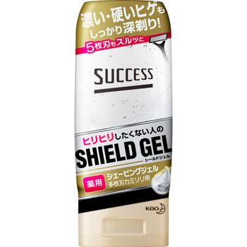 KAO «Success Medicated Shaving Gel for razor» Гель для бритья бритвой с тремя или более лезвиями, с увлажняющим и противовосполительным эффектом, 180 гр.Средства для бритья<br>Гель для бритья КAO Success ложится на кожу плотным слоем и делает комфортным бритье даже с использованием бритвы с тремя и более лезвиями. <br> Великолепно освежает кожу, делает ее мягкой и нежной.  Лекарственные компоненты, входящие в состав средства, уменьшают возможность возникновения раздражения после бритья.  Качество бритья заметно улучшается, становится быстрым и без порезов.  Гель содержит термальную воду, поэтому прекрасно увлажняет кожу.  Гель создает защитный слой, благодаря которому Ваша кожа надежно защищена.  Подходит для электробритвы.  Не раздражает кожу.  Обладает противовоспалительным действием, благодаря содержанию глицирризиновой кислоты (экстракт солодки) придает ощущение мягкости.  Протеины молока увлажняют кожу и придают ощущение мягкости и гладкости.  Способ применения: выдавите на ладони 3-4 гр. (1 столовая ложка) геля. Нанесите средство на лицо и оставьте на 1-2 минуты. После бритья тщательно смойте гель водой. <br> Состав: ТЕРМАЛЬНАЯ ВОДА, ГЛИЦЕРИН, ЖИДКИЙ ПАРАФИН, ВАЗЕЛИН, ПРОТЕИНЫ МОЛОКА, каррагинан, сорбит, карбоксивиниловые полимеры, POE цетиловый эфир, изобутил, алкилметакрилат с акриловой кислотой, гидроксид натрия, парабены, эдетат, отдушка.<br>