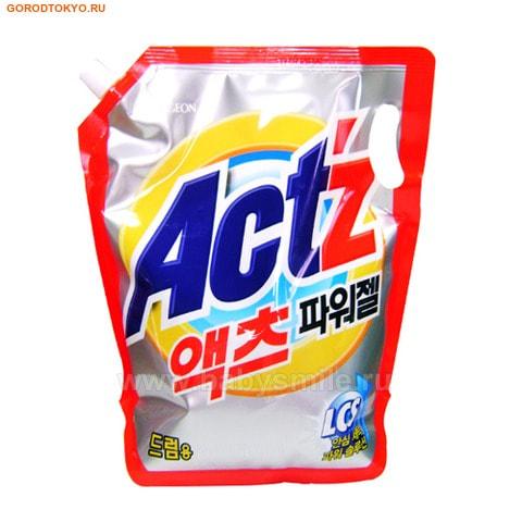 PIGEON «New Actz» Жидкое средство для стирки, мягкая упаковка с колпачком, 2,1 кг.Жидкие средства для стирки<br>Концентрированное жидкое моющее средство содержащее ферменты и оптический отбеливатель.  Предотвращает обесцвечивание, перекрашивание, сжатие ткани.  Отстирывает каждую нить ткани даже в холодной воде, благодаря большой моющей силе и 100% растворимости. Содержит натуральные ингредиенты с антибактериальным действием, полученные из цитрусовых.  Отлично отстирывает даже глубоко въевшуюся грязь, превосходно споласкивается, не остается на одежде, поэтому не оказывает раздражающего воздействия на кожу и легкие, поэтому подходит для чувствительной кожи и может применяться для стирки детского белья.  Экономичен в использовании.  Дозировка: Менее 5 кг. белья - 35 мл. средства 6-7 кг. белья - 70 мл. средства  Более 7 кг. белья - 85 мл. средства   При сильном загрязнении добавить 50 мл. средства дополнительно.  Состав: вода, натрия нитрило-триацетатный моногидрат, диэтаноламин, алкилбензенсульфонат, гидроксид натрия, лауриновая кислота, этиленгликоль, флуоресцентный агент, силиконовый пеногаситель, натрия лауриновый сульфат, полиоксиэтилен, диалкилсульфосакцинат, энзимы, отдушка.<br>