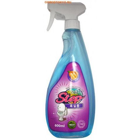 Orange Step Bathrom Cleaner Жидкое чистящее средство для ванной с апельсиновым маслом, 600 мл.Для туалета<br>Средство предназначено для уборки в ванной и туалетной комнатах.  Избавляет от налета, водного камня и грязи, уничтожает бактерии и микробы, обеспечивает чистоту и блеск в ванной комнате и туалете.  Обладает легким цитрусовым ароматом.  РH - нейтральное средство.   Область применения:  ванна, пол, плитка, кафель, двери, виниловые контейнеры, водосточные трубы.  Не распылять на деревянную, окрашенную, алюминиевую и железную поверхности.  Избегать попадания на ковровые покрытия.    Способ применения:  распылить 1-2 раза на загрязненную поверхность и смыть водой.  В местах сильных загрязнений распылить средство и протереть щеткой.    Состав:  вода, соляная кислота, фосфорная кислота, полиоксиэтилен нонилфенил эфир, лаурил сульфат натрия, бензойнокислый натрий, триклозан, апельсиновое масло.<br>