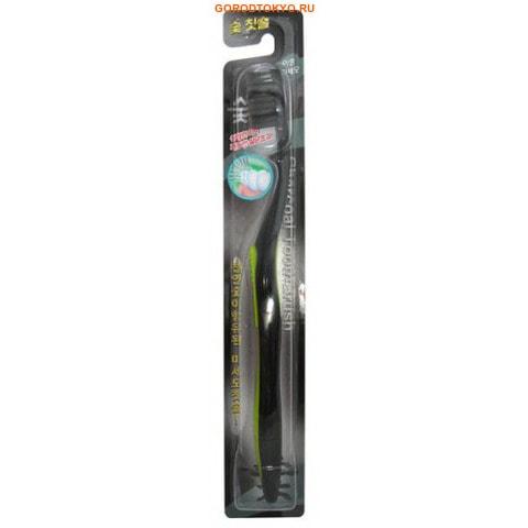 Eq Maxon Зубная щётка с древесным углём, тонкой щетиной, средней жёсткости, стандартная чистящая головка.