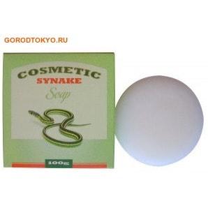 """SEIL TRADE COSMETIC SYNAKE SOAP Косметическое мыло для умывания с пептидами """"SYN-AKE, 100 гр.Косметическое мыло<br>Косметическое мыло нежно очищает кожу, мягко отшелушивает омертвевшие клетки эпидермиса.  В состав мыла входит уникальный косметический компонент ; пептид SYN-AKE.  Действуя аналогично змеиному яду, пептид блокирует сокращения мышц и расслабляет мимическую мускулатуру, благодаря чему морщины разглаживаются и  предотвращается образование новых. <br> <br>Активные компоненты:<br><br>Экстракт лилии оказывает расслабляющее действие, способствует уменьшению морщин. Оказывает антисептическое  действие.<br>Экстракт хризантемы  увлажняет и тонизирует кожу, улучшает микроциркуляцию крови, выравнивает и разглаживает кожу, обновляет и обогащает её питательными веществами, жизненно необходимыми для здоровья кожи. Обладает выраженным омолаживающим действием. Успокаивает раздраженную и воспаленную кожу, способствует регенерации кожи, стимулирует синтез коллагена.<br>Экстракт яблока тонизирует, восстанавливает упругость и эластичность кожи. <br><br> <br>Регулярное умывание мылом с пептидом SYN-AKE способствует  улучшению состояния кожи. <br> <br>Способ применения:  смочите мыло теплой водой и взбейте обильную пену, затем  нанесите на влажную кожу лица массажными движениями. Смойте теплой водой. <br> <br>Состав: вода, пальмитиновая кислота, олеиновая кислота, лауриновая кислота, линолевая кислота, миристиновая кислота, стеариновая кислота, пептид SYN-AKE, экстракт листьев сосны, экстракт розы, экстракт лилии, отдушка, экстракт йогурта, экстракт банана, экстракт цветков хризантемы, лавандовая вода, экстракт яблока, аденозин,  диоксид титана, экстракт листьев артемизии, экстракт опунции.<br>"""