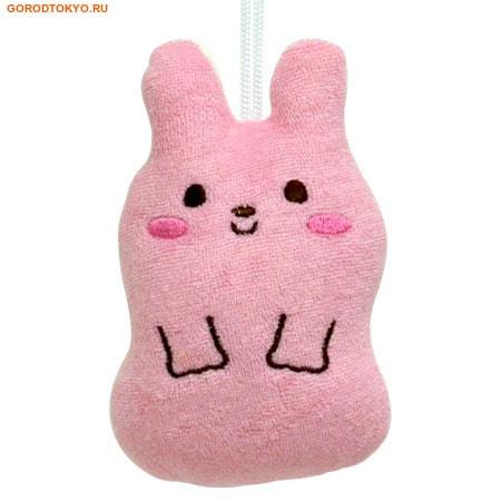 KOKUBO Furocco Kids - Розовый кролик, детская мочалка-спонж.Детские мочалки<br>Эта мочалка-спонж прекрасно моет, вспенивает мыло и сохнет. Она имеет небольшой размер и предназначена для детей.  Создает много пены из небольшого количества мыла.  Состав: 80% хлопок, 20% полиэстер.<br>
