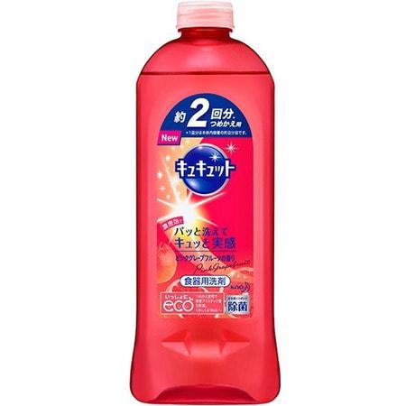 KAO «KyuKyutto» Средство для мытья посуды, овощей и фруктов, с ароматом розового грейпфрута, 385 мл, сменная упаковка.Для мытья посуды<br>Средство для мытья посуды, овощей и фруктов обладает прекрасной моющей способностью.  Благодаря оригинальной разработке компании KAO, средство легко и быстро отмывает жирную грязь даже с пластиковой посуды: жир обволакивается, разбивается на множество мелких частей и мгновенно удаляется,  достаточно один раз провести губкой по жирной поверхности.  Средство обладает антибактериальным эффектом, а также абсолютно безвредно для ваших рук и здоровья, им можно мыть даже фрукты и овощи.  Средство не оставляет химикатов на посуде.  Средство создано только на растительной и минеральной основе, не содержит нефтепродуктов.  Данный продукт обладает прекрасным ароматом розового грейпфрута.  Состав: поверхностно-активные вещества (полиоксиалкиленовый эфир сульфата натрия, гидроаксил сульфобетаина, алкилокись амина, полиоксиэтиленалкилэфир), стабилизаторы (этиловый спирт, толуолсульфоновая кислота натрия, хлорид магния, полипропиленглиголь, сульфат натрия), цинковый купорос (дезинфицирующее средство), аромат.<br>