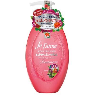 KOSE Cosmeport Je laime Тритмент для сухих и окрашенных волос Глубокое увлажнение, с коллагеном и абрикосовым маслом, без силикона, с фруктово-цветочным ароматом, 500 мл.СРЕДСТВА БЕЗ СИЛИКОНА - КЛАСС ПРЕМИУМ!<br>Благодаря высокому содержанию растительных экстрактов, тритмент интенсивно увлажняет и восстанавливает структуру волос, делает их послушными и эластичными, формирует защитную пленку на волосах.  Содержит питательные элементы для ухода за кожей головы.  Гиалуроновая кислота оказывает благотворное воздействие на волосы, насыщает их влагой и восстанавливает естественный баланс.  Экстракт гибискуса, масло виноградных косточек, абрикосовое масло проникают в поврежденные участки волос и заполняют повреждения, в результате чего волосы становятся гладкими и шелковистыми.  Волосы приобретают жизненную силу, естественный блеск, приятный фруктово-цветочный аромат и свежесть.  Способ применения: после применения шампуня нанесите небольшое количество тритмента на кожу головы и волосы, равномерно распределите по всей длине.  Оставьте на 10 минут, затем тщательно промойте волосы теплой водой.  Состав: вода, вазелин, цетеариловый спирт, хлорид дистеарилдимониум, абрикосовое масло, гидролизованный коллаген Isostearoyl AMPD, экстракт цветков календулы, токоферол, экстракт гибискуса, гиалуроновая кислота, масло виноградных косточек, персиковое масло, розовая вода, бутиленгликоль, ПЭГ-10 гидрогенизированное касторовое масло, изопропанол, стеарат глицерина, бегениловый спирт, бегентримониум хлорид, поликватерниум -39, фосфорная кислота, бензоат натрия, парфюмерная отдушка.<br>