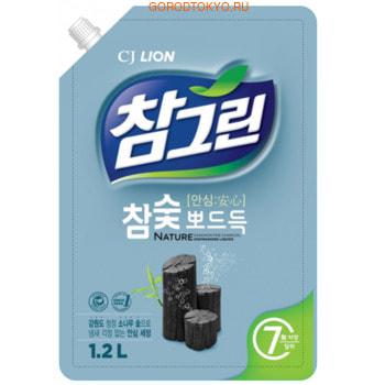 "CJ Lion ""Chamgreen"" Средство для мытья, с древесным углём, мягкая упаковка, 1200 мл."