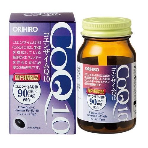 ORIHIRO Коэнзим Q10 с витаминами, 90 капсул.Сердечно-сосудистые заболевания<br>Коэнзим Q10 с витаминами - натуральное вещество, не имеющее в своем составе синтетических компонентов.  По этой причине средство значительно превосходит свои химические аналоги.  Рекомендуют дозировать вещество порциями по 5 мг.  Биоперин увеличивает биодоступность пищевых компонентов, улучшая скорость их перемещения по кровотоку.  Это возможно за счет действия эпителиальных клеток кишечника, абсорбционная способность которого значительно увеличивается. Коэнзим Q10 с витаминами способен улучшить всасывание витаминов и минералов всех групп, нормализировать уровень инсулина.  Врачи доказали положительное влияние препарата на всасывание жирорастворимого каротина и водорастворимых витаминов, среди которых пиридоксин и аскорбиновая кислота.  Также растворяются медь, селен, аминокислоты, антиоксиданты и многое другое.  При этом полезные свойства биоперина не заканчиваются на данном списке.  Коэнзим Q10 обладает неспецифическими механизмами всасывания некоторых пищевых компонентов: <br><br>Улучшение кровотока в стенке кишечника (благодаря этому улучшается обмен веществ);<br>Укоряется активное перемещение веществ;<br>Эмульгируются жировые составляющие содержимого кишечника.<br><br>Такой компонент препарата, как биоперин, часто добавляют к жиросжигателям, а также биодобавкам, предназначенным для специализированного питания спортсменов.  Биоперин увеличивает эффективность действия подобных препаратов. Коэнзим Q10 с витаминами рекомендуют применять в качестве биологически активной добавки, так как данный препарат является источником витаминов E, B1, E, B2 и B6. Капсулы препарата способны эффективно справляться с возрастными изменениями в организме человека и налаживают нормальное функционирование иммунной системы.  В препарате содержится коэнзим Q10 ; антиоксидант, способствующий нормальной работе иммунной системы и выработке клеток кожи.  Коэнзим Q10 имеет следующие свойства: <br><br>Эффективен при