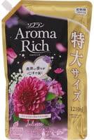 """LION """"Soflan Aroma Rich Juliette"""" Кондиционер для белья с богатым ароматом натуральных масел, сменная упаковка, 1210 мл."""