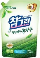 """CJ LION """"Chamgreen - Зеленый чай"""" Средство для мытья посуды, овощей и фруктов, сменная упаковка с колпачком, 1340 мл."""