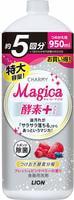 """LION """"Charmy Magica+"""" Средство для мытья посуды, концентрированное, аромат свежих ягод, сменная упаковка, 950 мл."""
