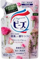 """KAO """"New Beads Fragrance Gel"""" Мягкий гель для стирки белья с цветочным ароматом, сменная упаковка, 715 гр."""