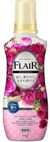 """KAO """"Flair Fragrance"""" Кондиционер для белья с антибактериальным эффектом, сладкий цветочный аромат, бутылка, 570 мл."""
