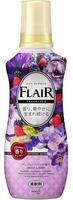 """KAO """"Flair Fragrance"""" Кондиционер для белья с антибактериальным эффектом, аромат свежих ягод, бутылка, 570 мл."""