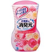 "KOBAYASHI ""Oheyano Shoshugen"" Жидкий дезодорант для комнаты с ароматом розы, 400 мл."