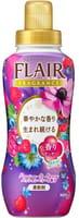 """KAO """"Flair Fragrance"""" Кондиционер для белья с антибактериальным эффектом, с ароматом свежих ягод, 570 мл."""