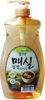 CJ LION «Chamgreen - Японский абрикос» Средство для мытья посуды, фруктов, овощей, с экстрактом японского абрикоса, 960 мл, с дозатором.