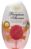"ST ""Shoushuuriki"" Жидкий дезодорант–ароматизатор для комнат с ароматом фиалки и магнолии, 400 мл."