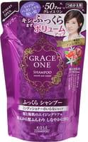 """Kose Cosmeport """"Grace One - Объем и гладкость"""" Шампунь для волос после 50 лет, без силикона, с ароматом роз и фруктов, сменная упаковка, 330 мл."""